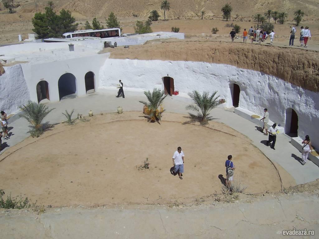 Tunisia - Case de troglodiţi | 3