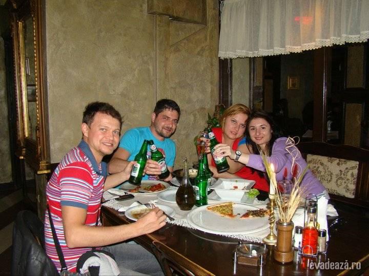 pizza in bulgaria   2