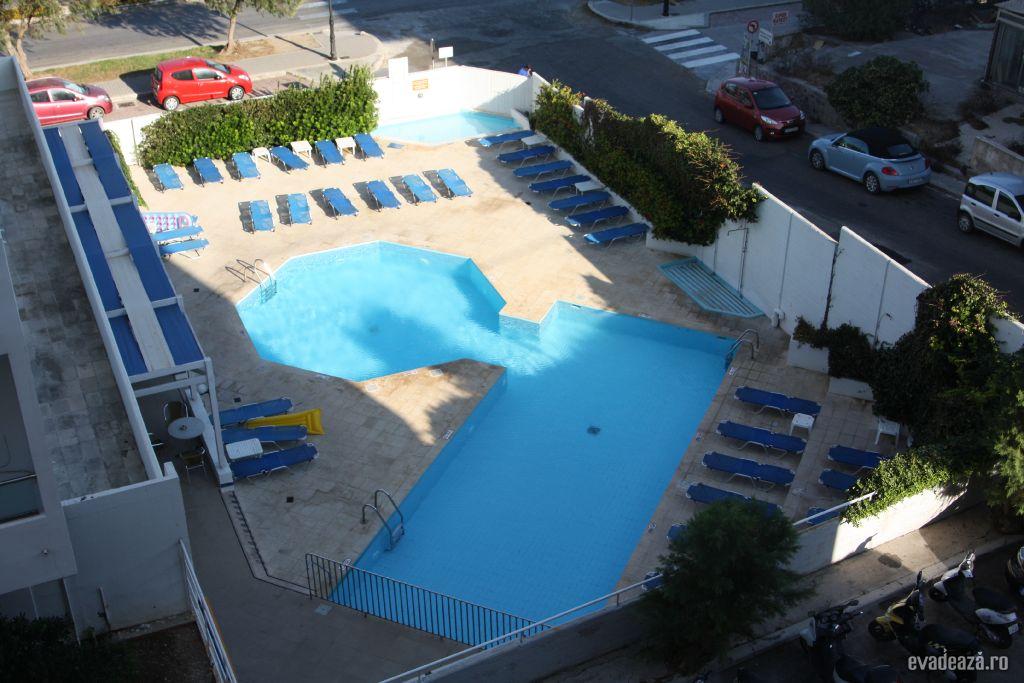 Hotel Kipriotis piscina | 1