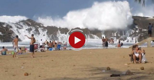 Camera Catches Massive Wave In Puerto Rico