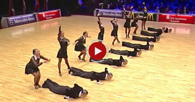 Everyone expected a standard performance - instead these dance couples make the audience delirious!