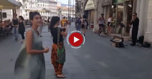 [Fixed Rotation] Palestinian Tourist Dancing In Italy