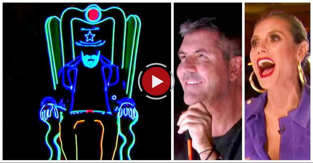 Glowing Dancer Sits Alone On Stage, But Judges Can't Look Away When 8 More Show Up Behind Him